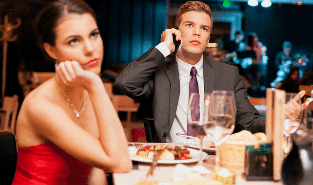 5 Ways Guys Can Ruin the First Date (And how to save it!)